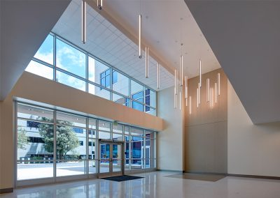 Interiors – Tarzana Medical Atrium + Medical Asset Management